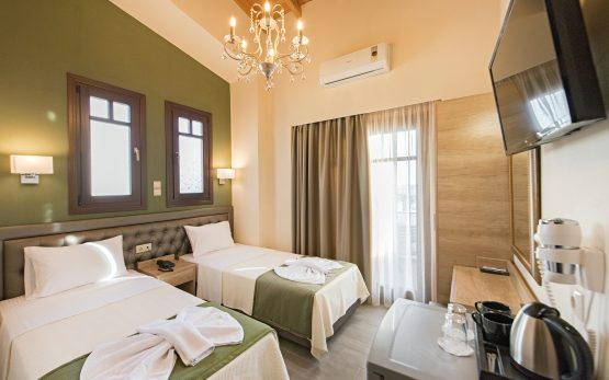 Deluxe Double Room w extra bed